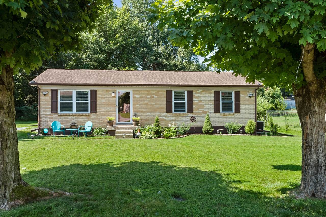 205 Greer Dr - Photo 1