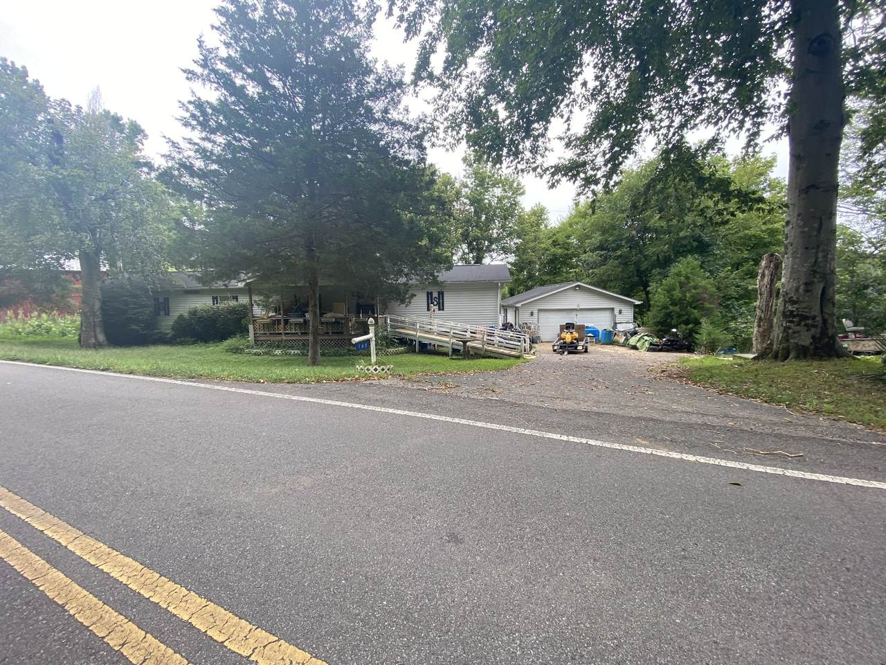 165 Louise Creek Rd - Photo 1