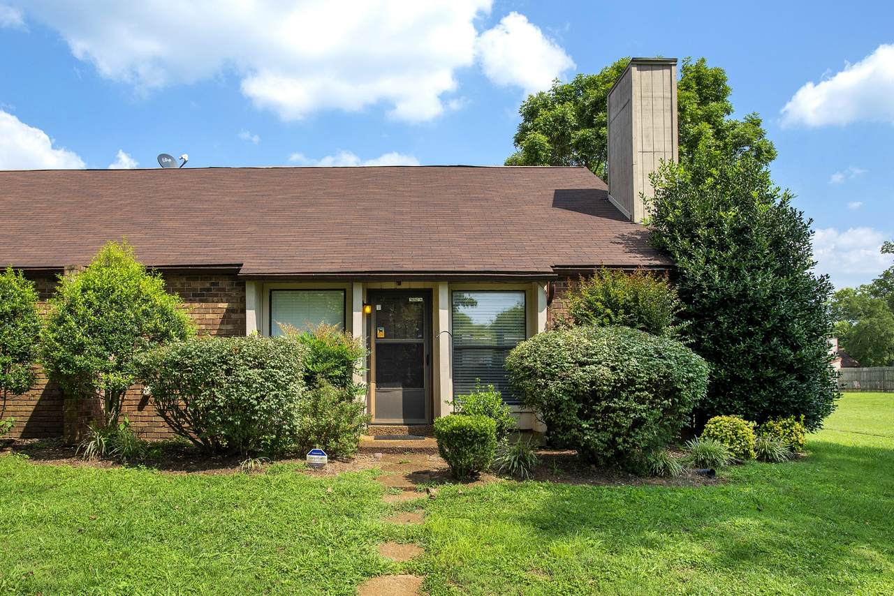 232 Harpers Mill Ct - Photo 1