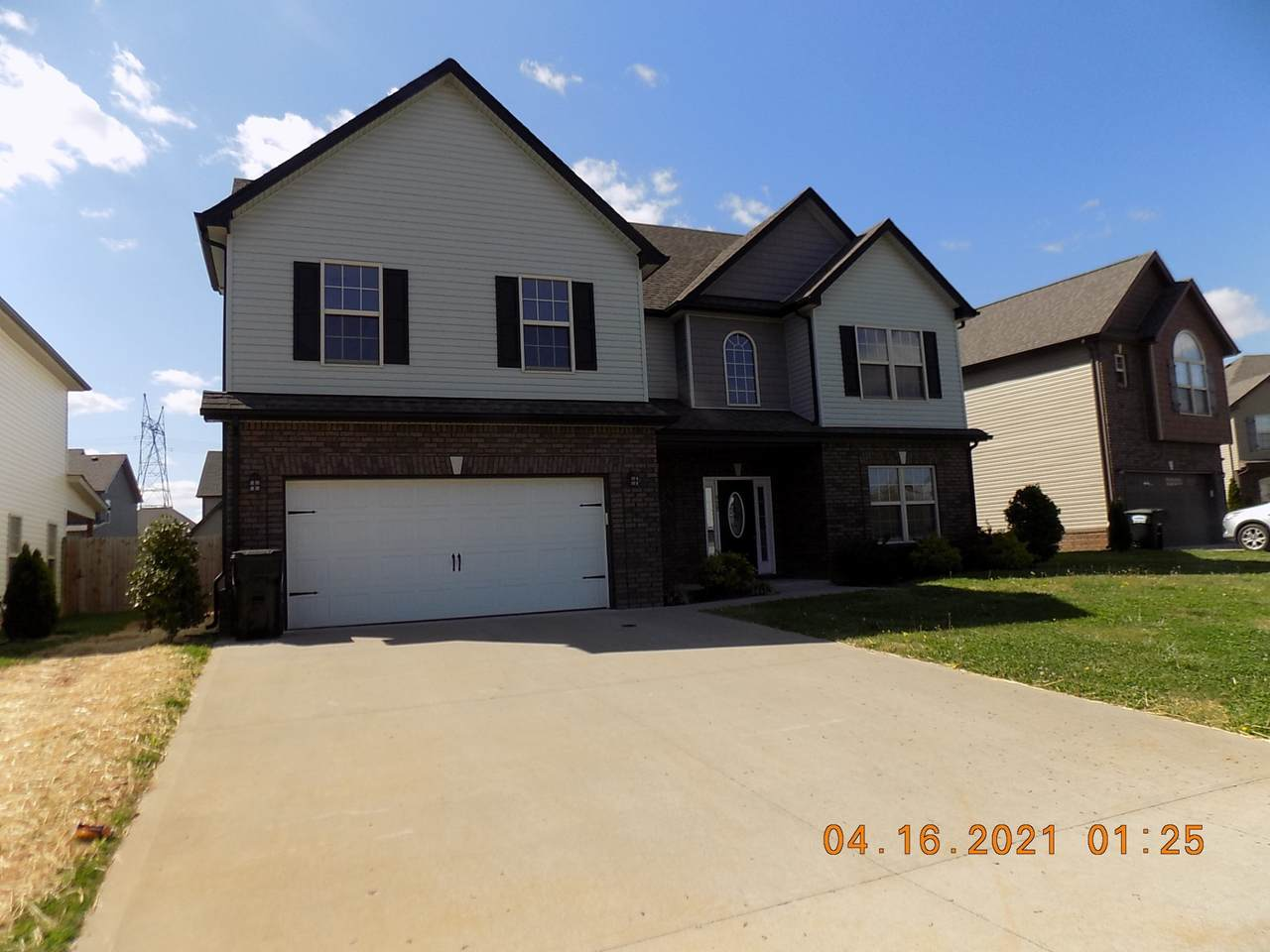 928 Tanager Ct - Photo 1