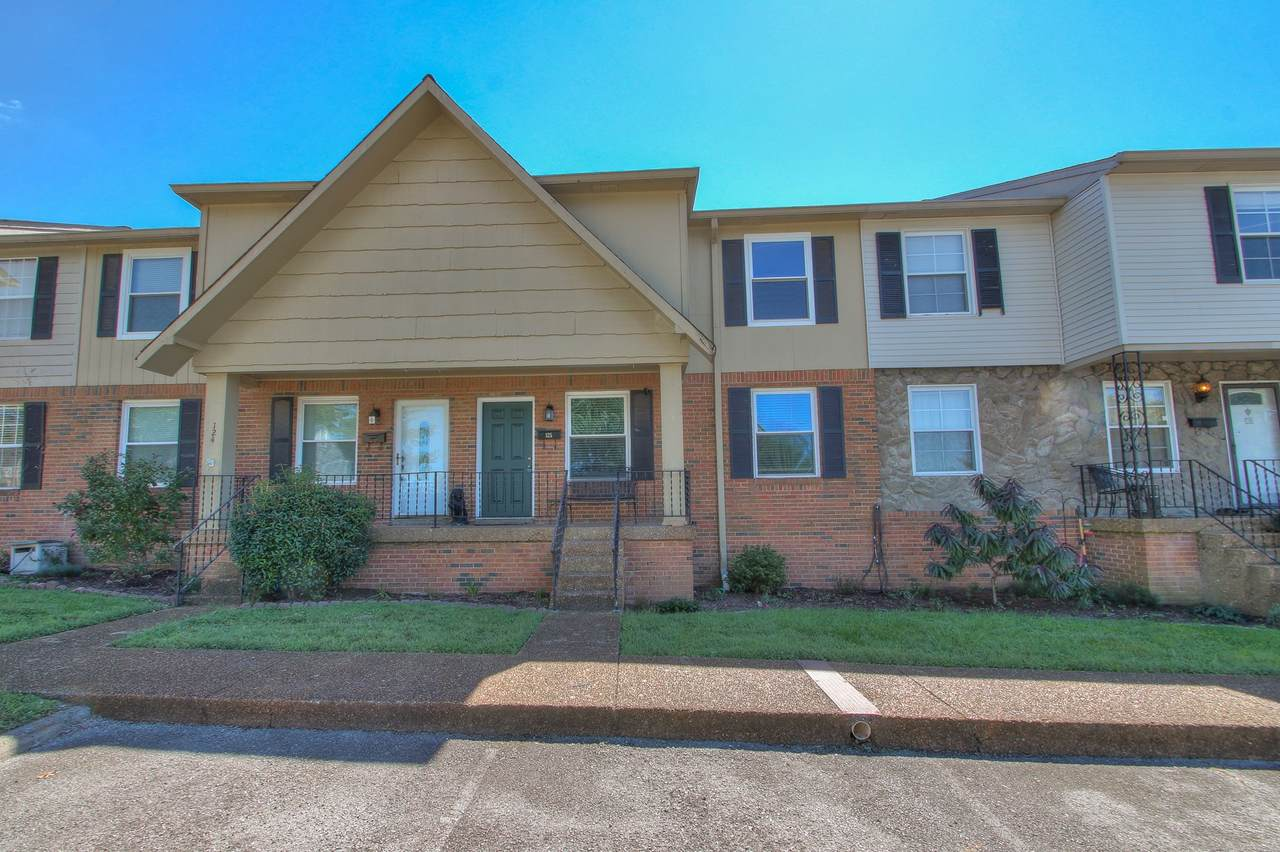 5510 Country Dr - Photo 1