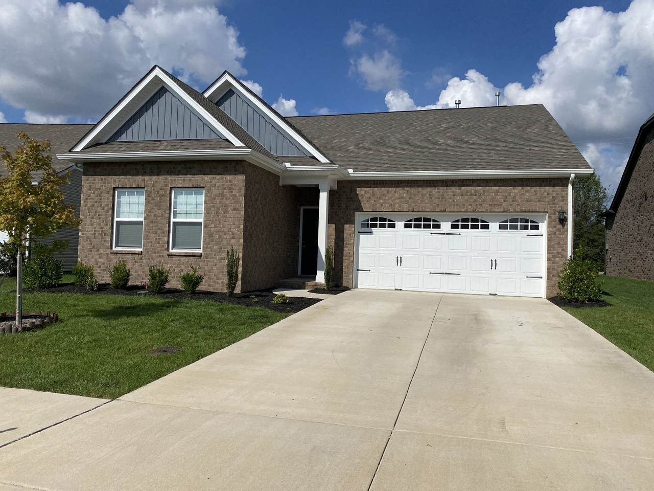 1542 Holton Rd - Photo 1