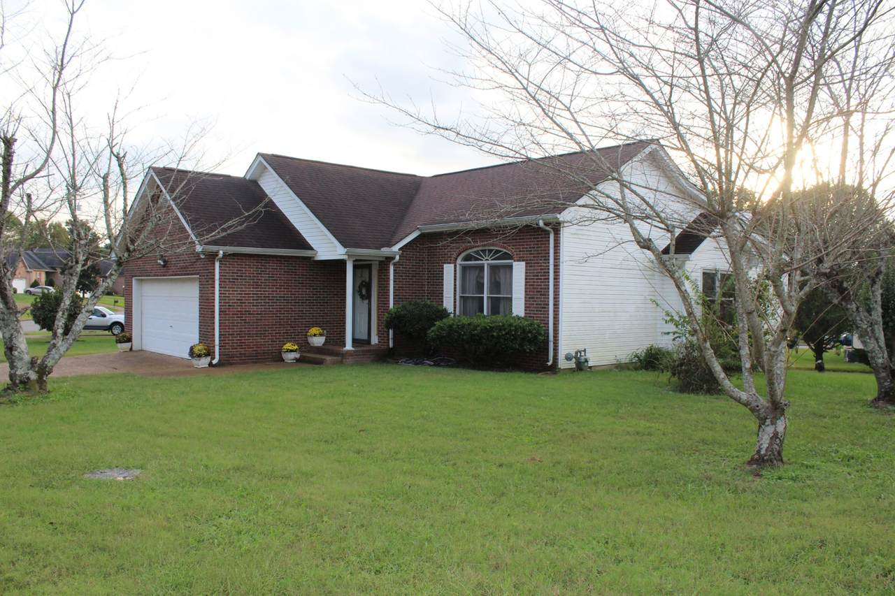 3033 Chateau Valley Dr - Photo 1