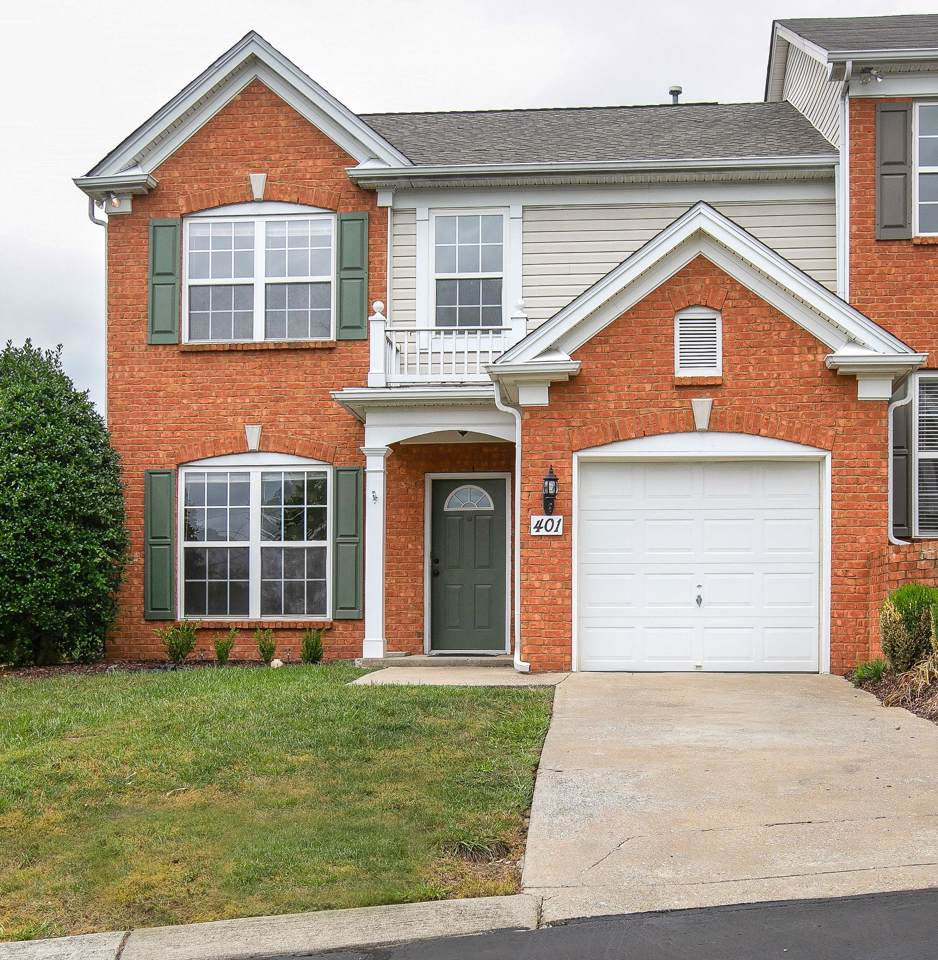 401 Old Towne Dr - Photo 1