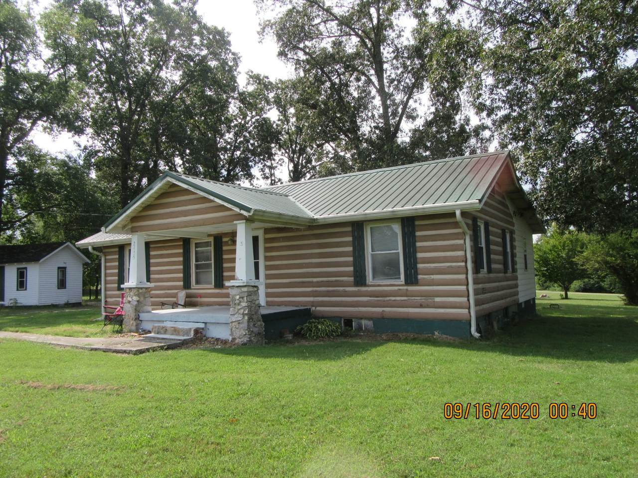 2455 Old Tullahoma Rd - Photo 1