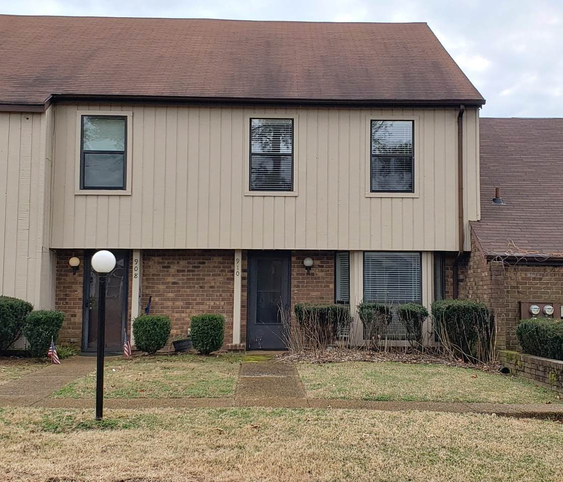 910 Old Fountain Place - Photo 1
