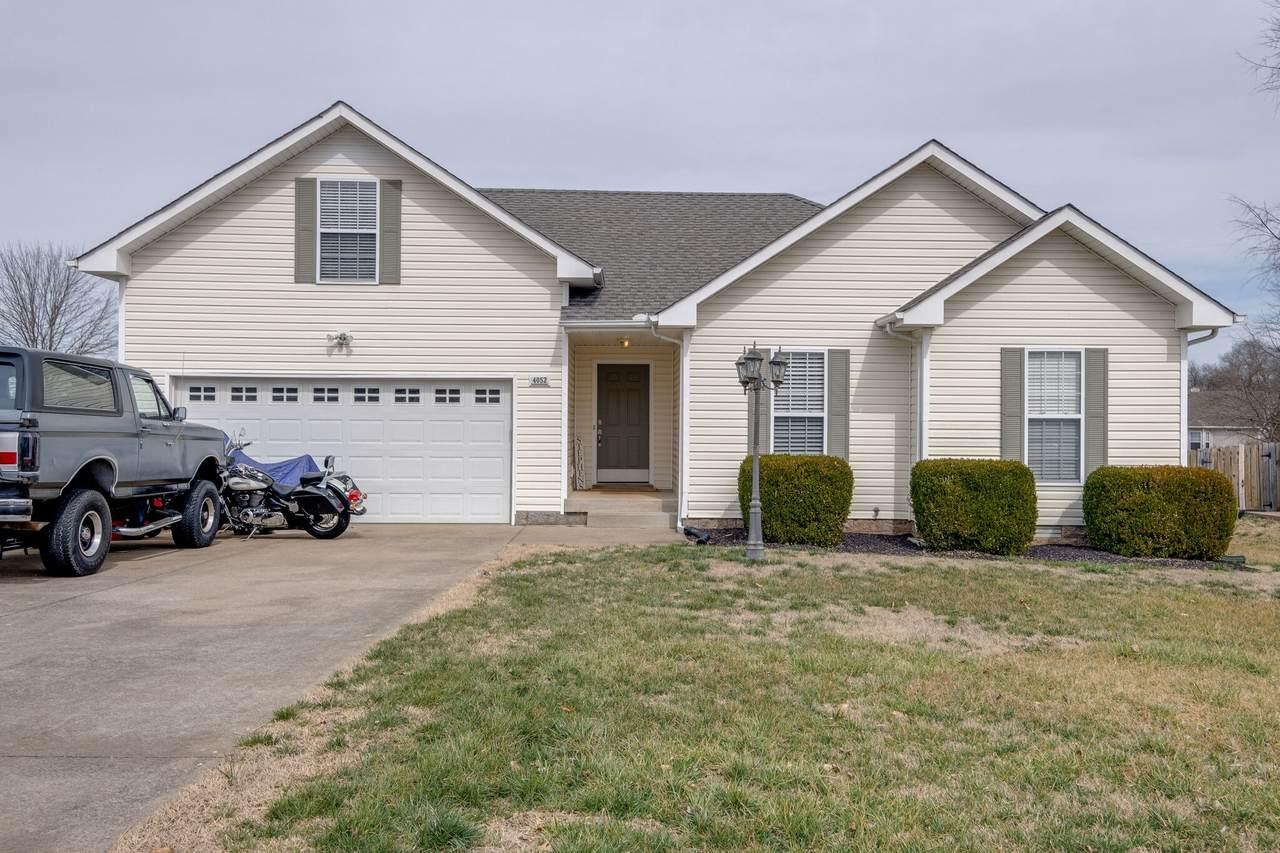4052 New Grange Cir - Photo 1