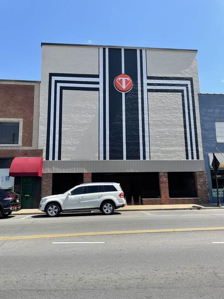 109 S Cumberland St - Photo 1