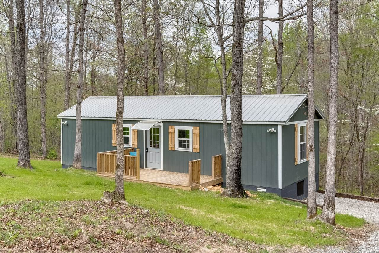 112 Indian Hills Rd - Photo 1