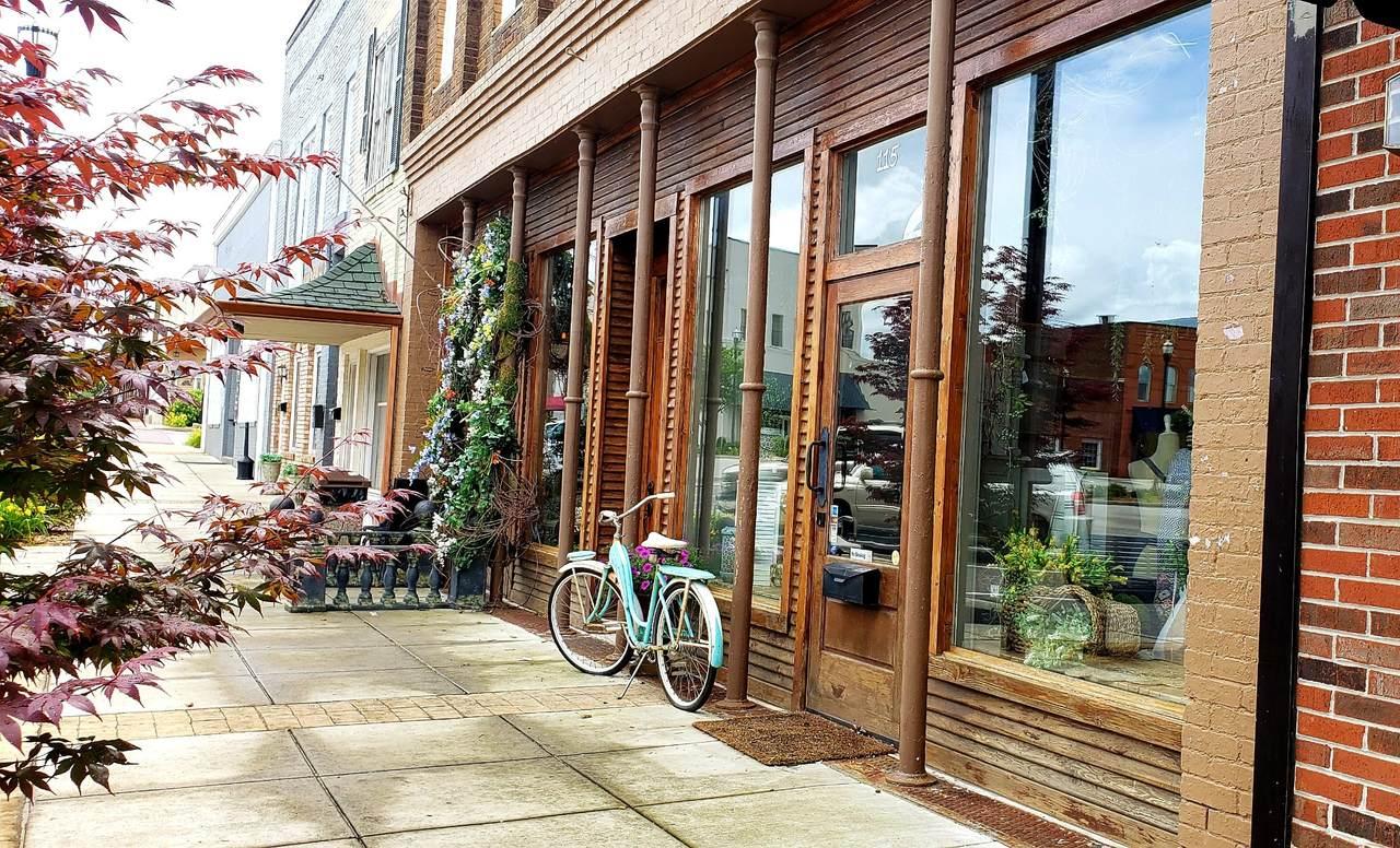 113 W Main St # 111 - Photo 1