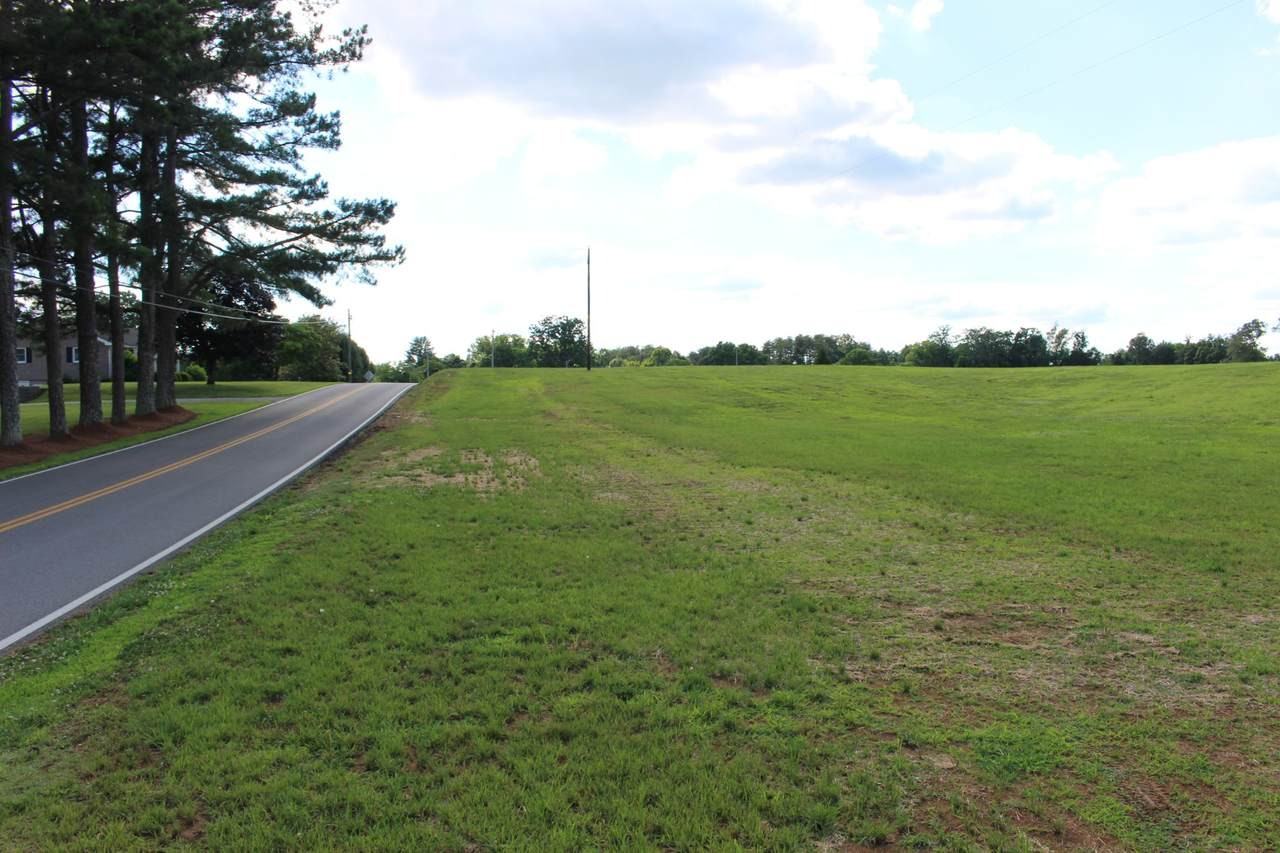 934 Hodges Ferry Rd - Photo 1