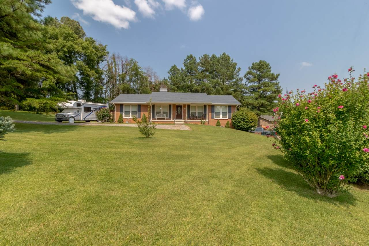 3401 Eastwood Dr - Photo 1