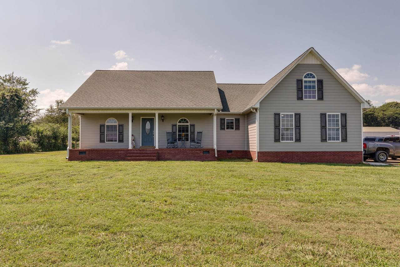 2352 Mooresville Pike - Photo 1
