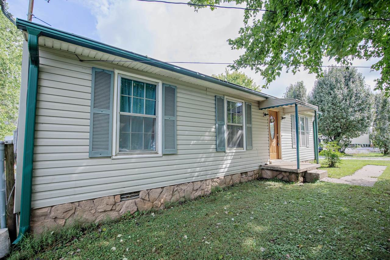 706 Stoval Dr - Photo 1