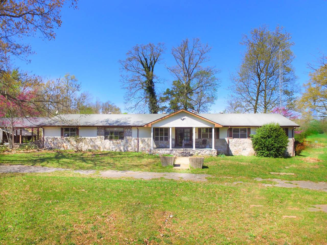 401 C Anderson Rd - Photo 1