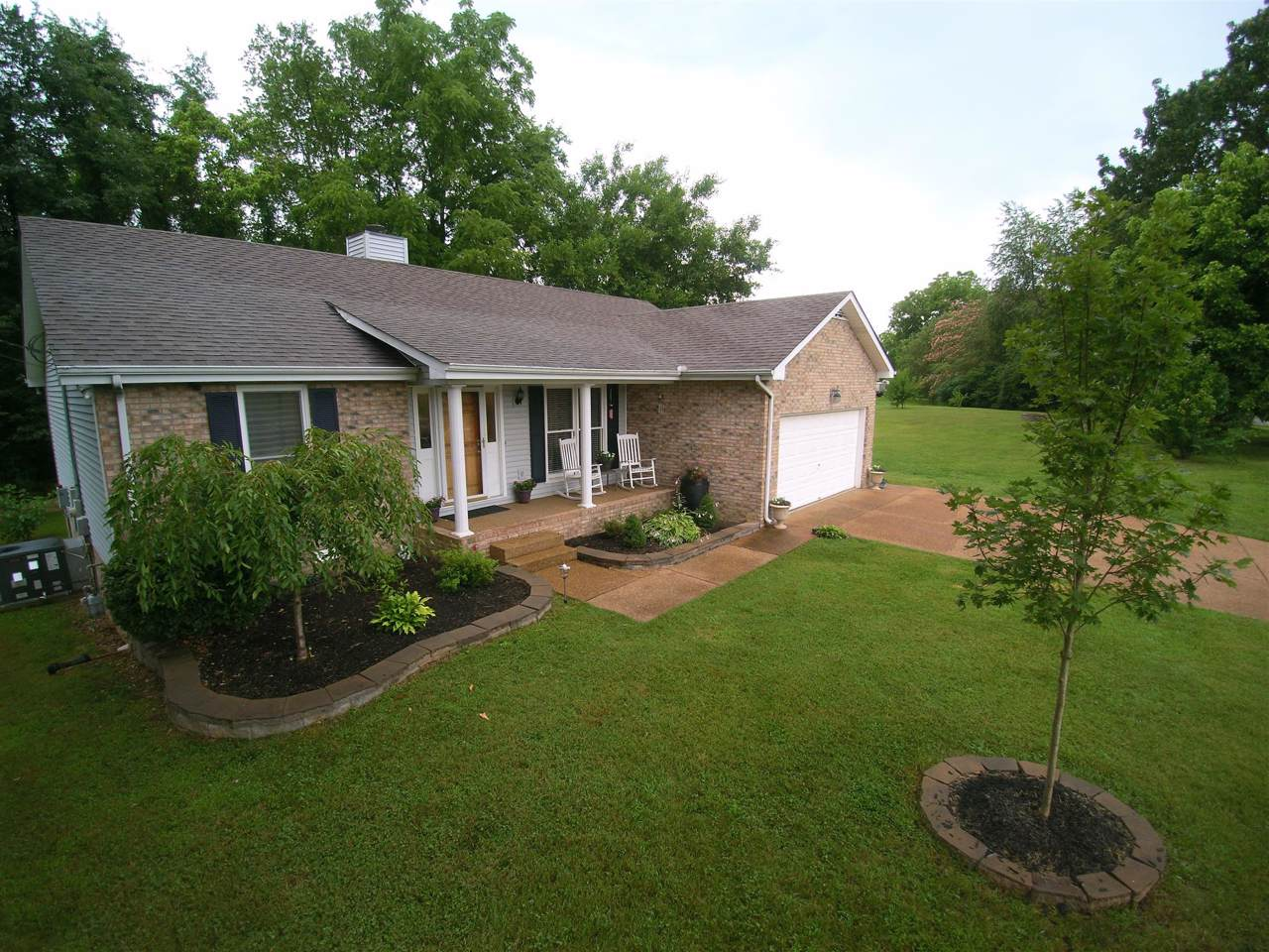 7103 Clearview Dr - Photo 1