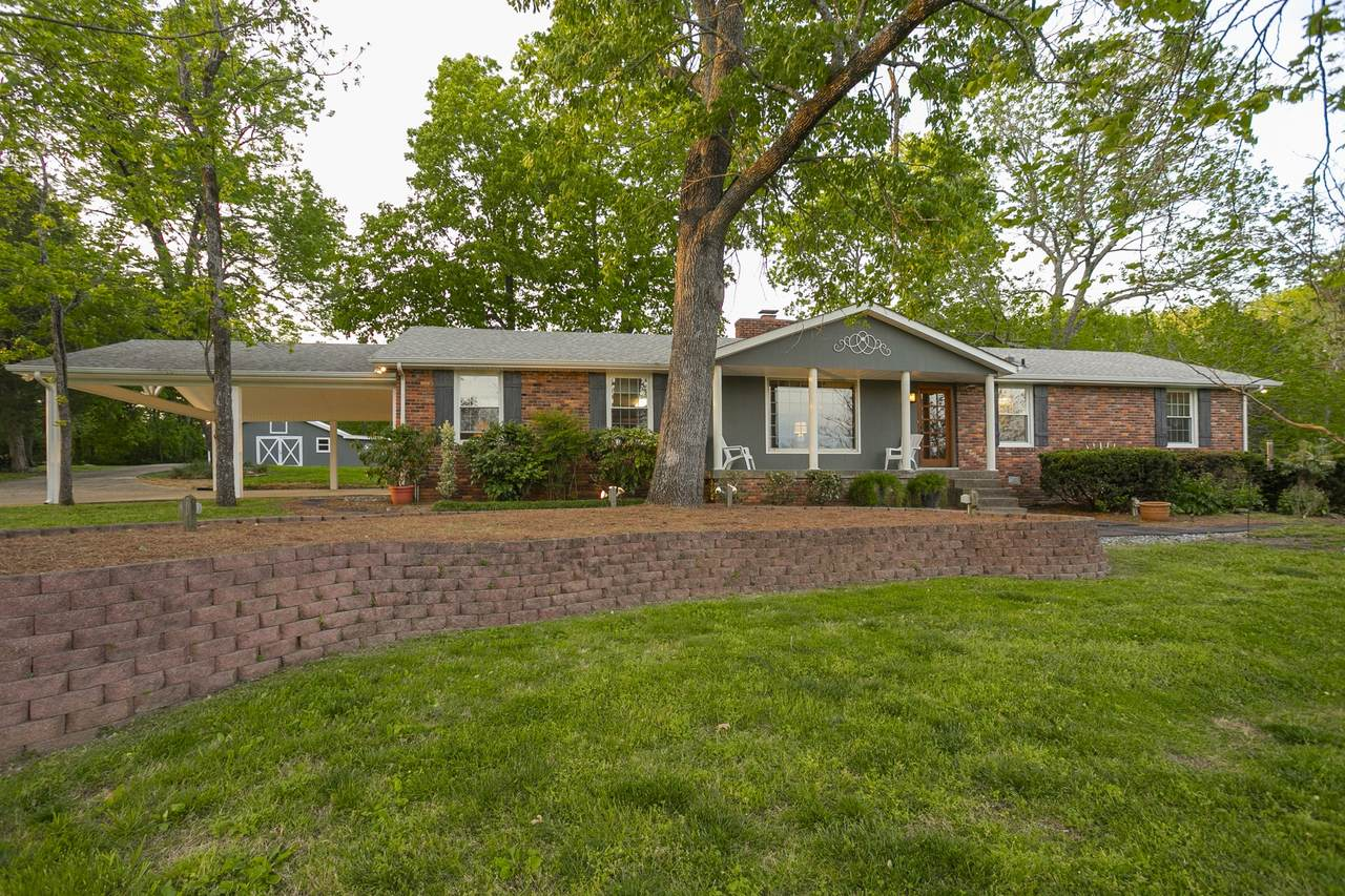109 Cool Springs Ct - Photo 1