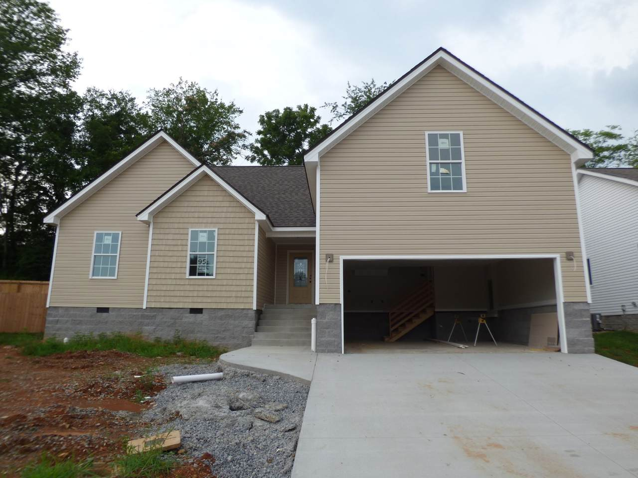 500 Woodtrace Dr - Photo 1