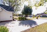 2716 Enfield Dr - Photo 4