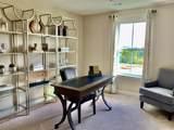 278 Dartmoor Place 211B - Photo 17