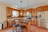 1018 Tower Hill Ln - Photo 17