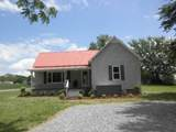 587 Howell Hill Rd - Photo 1