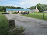 1030 Oakdale St - Photo 3