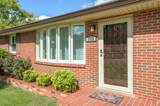 2920 Mossdale Dr - Photo 2