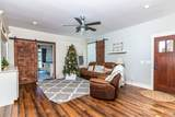 83 Staggs Rd - Photo 3