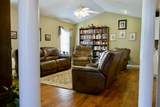3146 Kave Dr - Photo 28