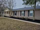 MLS# 2228742 - 708 Dejarnette Ln in Oakland Est Subdivision in Murfreesboro Tennessee - Real Estate Home For Sale