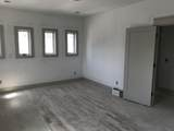 916 11th Ave - Photo 16