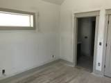 916 11th Ave - Photo 17