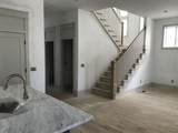 916 11th Ave - Photo 5