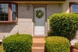 7813 Chester Rd - Photo 3