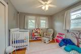 917 Crownhill Dr - Photo 16