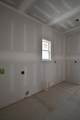 5011 Wallaby Dr (360) - Photo 14