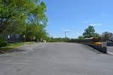 211 University Ave - Photo 2
