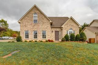 MLS# 2202696 - 1733 Autumn Ridge Rd in Timbertrail in Nashville Tennessee 37207