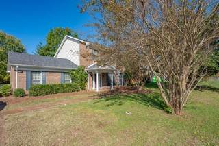 MLS# 2204470 - 7528 Old Harding Pike in River Plantation in Nashville Tennessee 37221