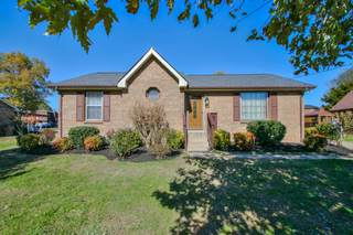 MLS# 2205039 - 3712 Creekland Ct in Creekwood North in Nashville Tennessee 37218
