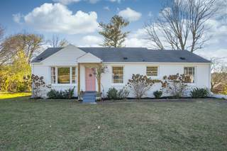 MLS# 2208124 - 2300 Andrew Pl in Gibson Heights in Nashville Tennessee 37216