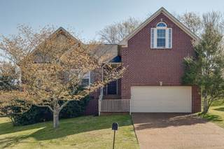 MLS# 2255071 - 905 Canyon Ct in Boone Trace At Biltmore in Nashville Tennessee 37221