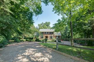 MLS# 2263996 - 1242 Jefferson Davis Dr in Forest Hills in Brentwood Tennessee 37027