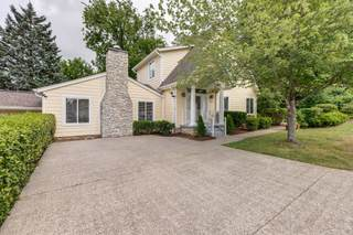 MLS# 2269252 - 2800 27th Ave in Woodlawn Drive in Nashville Tennessee 37212
