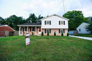 MLS# 2269697 - 6589 Cabot Dr in Charlotte Park in Nashville Tennessee 37209