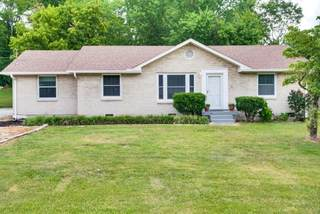 MLS# 2270596 - 4813 Big Horn Dr in Sherwood Forest in Old Hickory Tennessee 37138