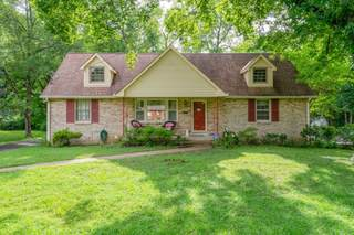 MLS# 2270880 - 505 Westcrest Dr in McMurray Hills in Nashville Tennessee 37211