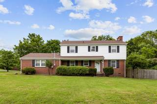 MLS# 2271552 - 2841 Renee Dr in Sunny Acres in Nashville Tennessee 37214