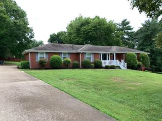 MLS# 2272063 - 617 Woodett Dr in McMurray Woods in Nashville Tennessee 37211